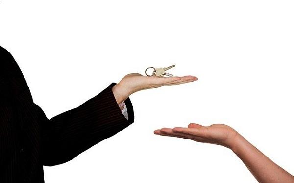 Việc sở hữu ngay căn hộ có thể mang lại niềm vui ban đầu nhưng có thể không kéo dài lâu